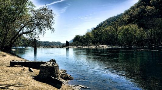 Shenandoah River. Credit: Mariano Mantel, CC BY-NC 2.0.