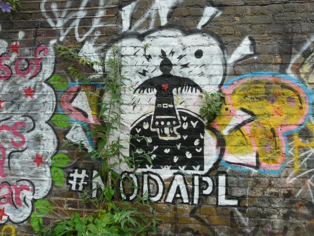 #NODAPL street art